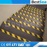 黒くおよび黄色の危険の警告の注意テープ