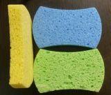 石鹸が付いている柔らかいスキンケアボディクリーニングの赤ん坊の浴室のスポンジ