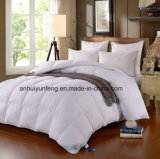 90%の白いアヒルまたはガチョウの羽のキルトの慰める人か羽毛布団