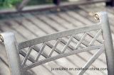 鋳造アルミのSwivel&Rockの椅子の庭の家具