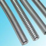 組みひもが付いている高品質のステンレス鋼304/321/316Lの軟らかな金属のホース