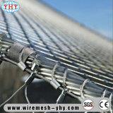Корпус из нержавеющей стали из проволочной сетки используется для украшения