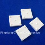 Stuoie ad alta densità delle mattonelle di ceramica di Squre dell'allumina per resistenza di attrito