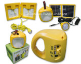 Lampada di campeggio solare con le lampadine del LED