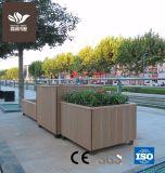 Compuesto de plástico rectangular de madera Maceta