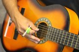 Kreative Hände geben Silikon-Finger-rauchende Ring-Zigarettenspitzen frei, um Ihre Finger-Drehung zu schützen, die für Konsole Gamers, Musiker und Fahrer gelb ist