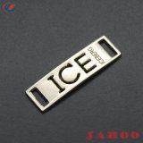 衣類亜鉛合金のラベル縫のカスタム形の金属のロゴの札