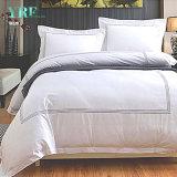 ホテルのアパートのためのカスタマイズされた高い100%年の綿の寝具