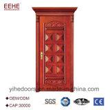 Belíssima escultura de mão porta de madeira sólida com um design de luxo