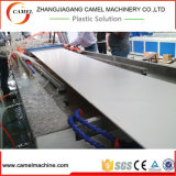 Chaîne de production en plastique de plaque de gousset de plafond de PVC