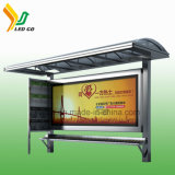 Estação de autocarro ao ar livre da função do indicador video que anuncia o indicador de diodo emissor de luz