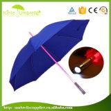 フラッシュライトが付いている中国の安全な昇進の子供まっすぐなLEDの傘