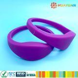 13.56MHz imprägniern RFID Silikonwristband-Armbänder