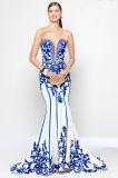La chine porcelaine bleu et blanc de la broderie de Mermaid Tapis rouge robe de soirée