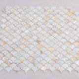 La décoration intérieure salle de bains briques Shell mosaïques mur blanc nacré