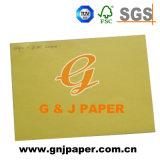 La pulpa de madera de tamaño estándar de tarjeta de papel de color para la venta