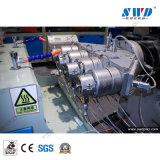 Ce PVC estándar de plástico Tubo de agua de la línea de producción de extrusión