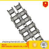 Una serie de cadenas de rodillos (triplex)