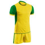 Fabricante de qualidade superior por grosso de futebol personalizadas por sublimação de Jersey Sport Camisa uniforme