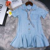 Nuovo stile del blu marino del vestito dai jeans di modo della ragazza