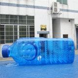 Grote Blauwe Duidelijke Opblaasbaar adverteert de PromotieFles van het Water