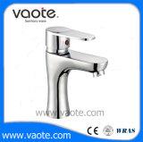 Scegliere il rubinetto dello zinco del miscelatore del bacino placcato bicromato di potassio della maniglia (VT 11903)