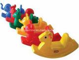 プラスチックおもちゃの打撃型