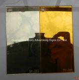 Het plastic AcrylBlad van de Spiegel PMMA voor de Decoratie van de Muur en van de Verdeling