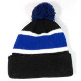 習慣POM POMの冬の帽子の帽子の縞によって編まれる帽子