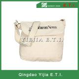 Kundenspezifischer Baumwollsegeltuch-Kurier-Beutel in der weißen Farbe