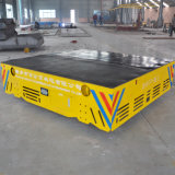Автомобиль электрического транспортера высокой эффективности Trackless на поле цемента