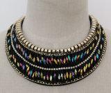 De dames vormen de Halsband van de Kraag van het Kristal van de Charme (JE0040)