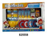 Комплект кухни игрушек фабрики игрушки воспитательный, варя игрушку чая (825561)