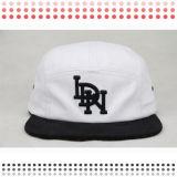 ヒョウプリントピークの背部Bordure 3Dの刺繍のフリースタイルの急な回復の帽子