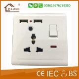 soquete BRITÂNICO do interruptor da parede 2g 13A com tomada dupla do USB