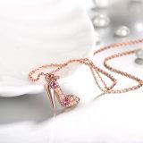Halsband van de Parel van de Halsband van het Kristal van de Vorm van de Schoen van de manier K de Gouden Imitatie