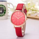 Reloj de los pares de la mujer del regalo del reloj del acero inoxidable de la correa de cuero (Wy-119D)