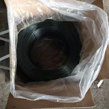 Обожженная чернотой бандажная проволока провода