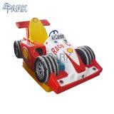 Il Kiddie a gettoni guida la macchina del gioco della sede di automobile del Ferrari