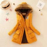 女性Parkaの冬のジャケットのParkaの女性の冬のジャケットのParkaの女性コート