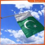 Bandierine d'ondeggiamento della mano nazionale del Pakistan per gli eventi di sport