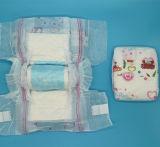Fraldas para bebés das fraldas descartáveis em ar seco