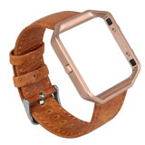 Faixa de relógio louca do couro genuíno do cavalo do vintage com frame do ouro de Rosa para a chama de Fitbit