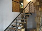 Сделанная на заказ лестница с стрингером нержавеющей стали Ss и деревянным поручнем