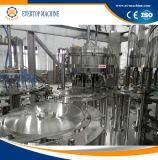 Gekohlte mit Kohlensäure durchgesetzte Getränkefüllmaschine