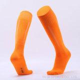 Dünner Mann-Sport-Fußball-Großhandelsfußball-lange Socken über Knie-hoher Socke