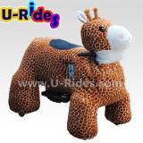 Автомобиль езды автомобиля оленей гуляя животный для малышей