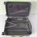 新しい方法ABSおよびパソコン物質的で堅いカバー荷物のスーツケース、習慣は極度の軽いトロリー袋を作る