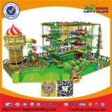 El Ce embroma el castillo travieso del patio de la gimnasia suave de interior de la selva