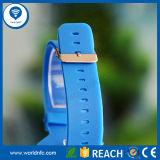 125kHz e 13.56MHz Smart RFID NFC Silicone Wristband com impressão